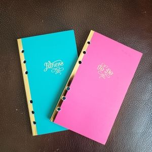2 notebooks